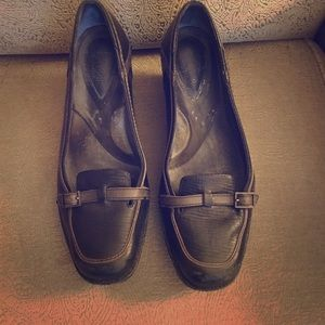 Clarks Artisan Black leather wedges/loafers